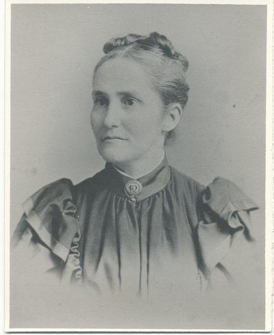 Lucy Irene Curtis Fraleigh1845-1913.jpg