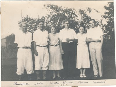 rose hill cousins 1932.jpg